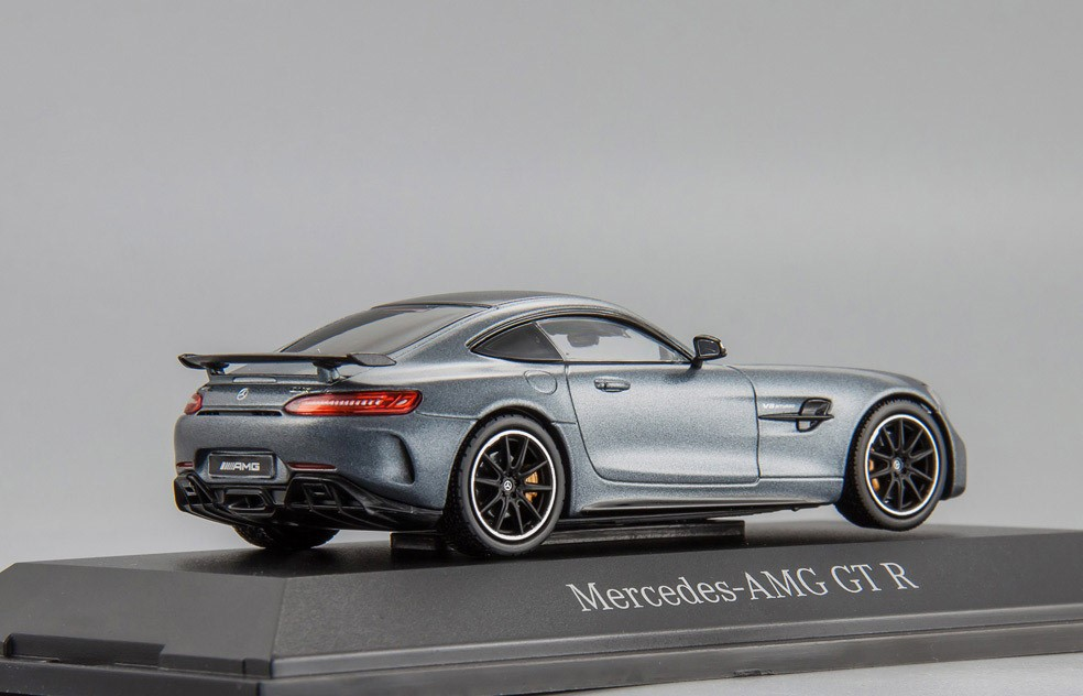 Модель Mercedes-AMG GT R (C190),Coupé, Scale 1:43, Designo Selenite Grey Magno