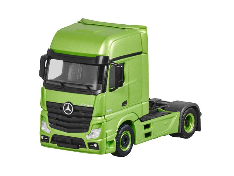 Модель Actros, FH25 GigaSpace, Седельный тягач матово-зеленый, Herpa, 1:87