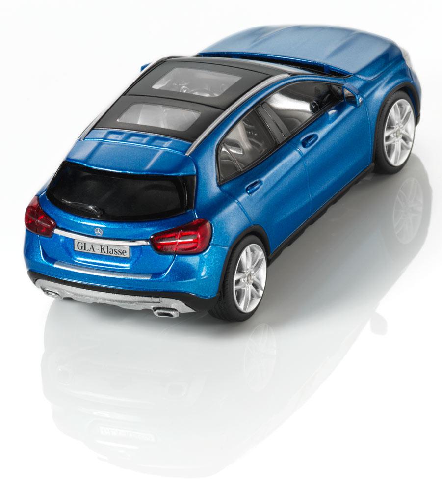 Модель автомобиля GLA, 1:43
