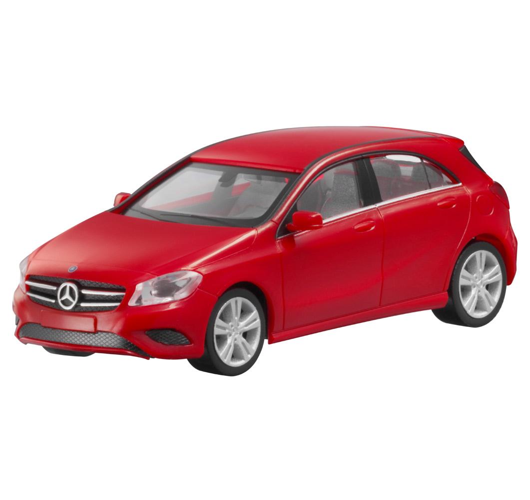 Модель автомобиля A-Kласса, 1:87, красный
