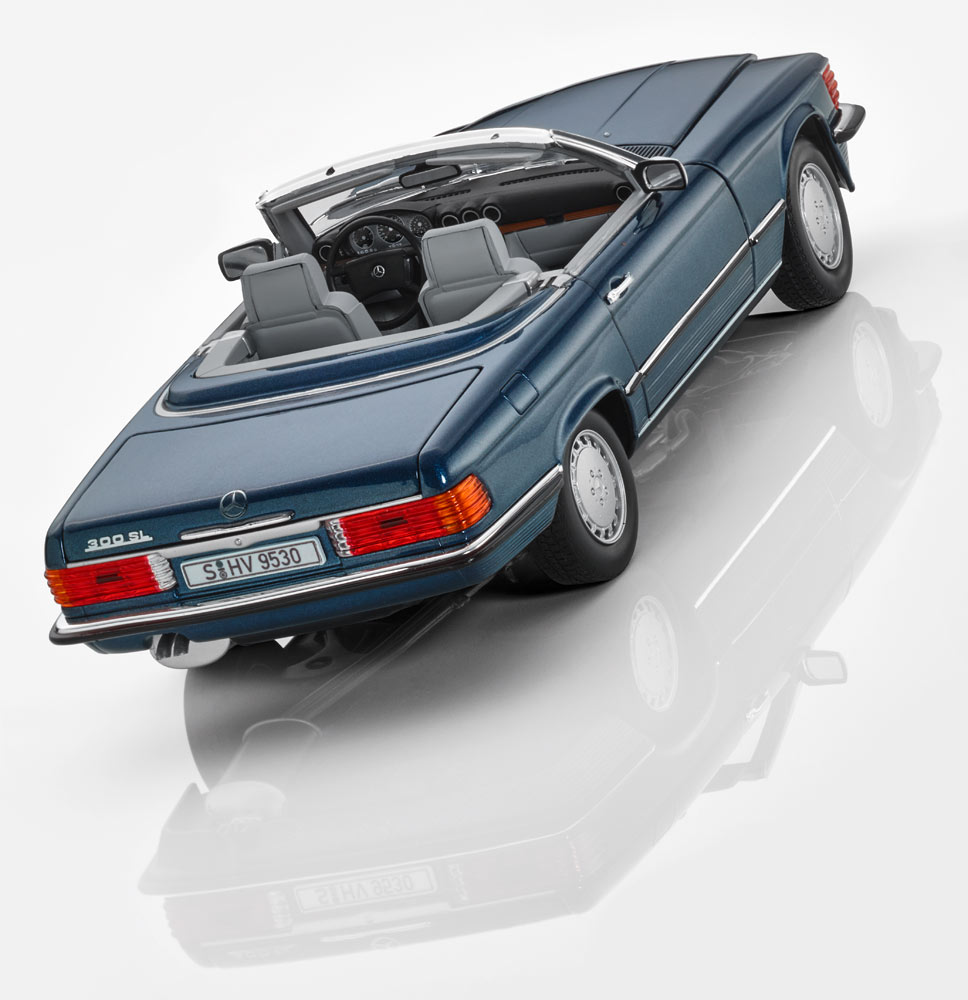 Модель Mercedes-Benz 300 SL R 107 (1985–1989)