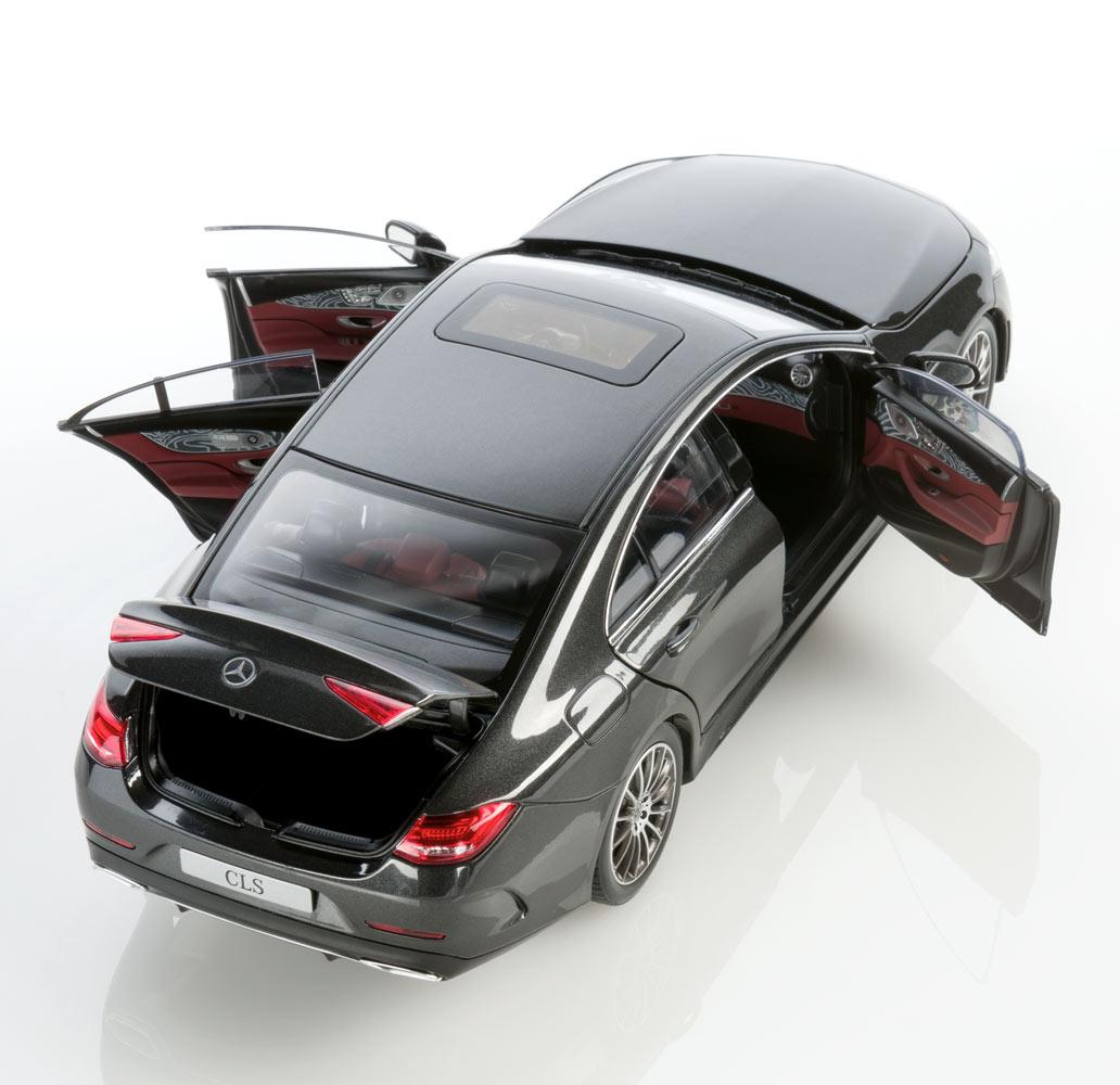 Модель автомобиля CLS купе AMG Line C257, 1:18, темно-серый