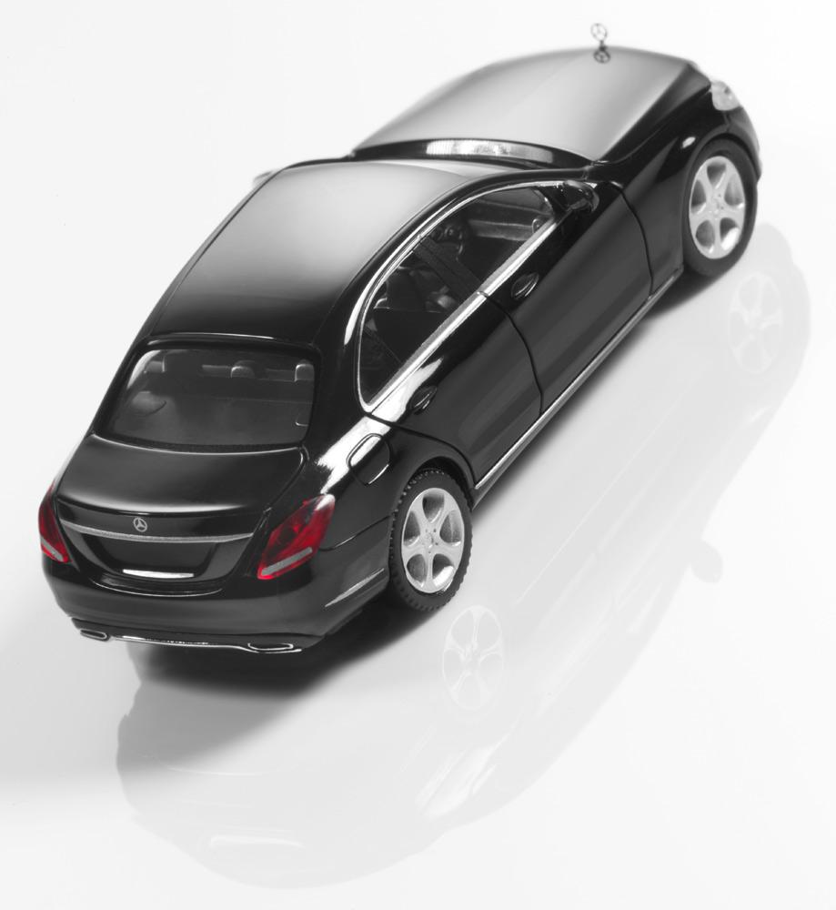 Модель C-Класс седан Exclusive, черный