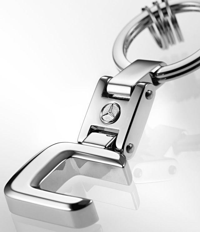 Брелок для ключей, Typo C(НЕ ПОСТАВЛЯЕТСЯ)