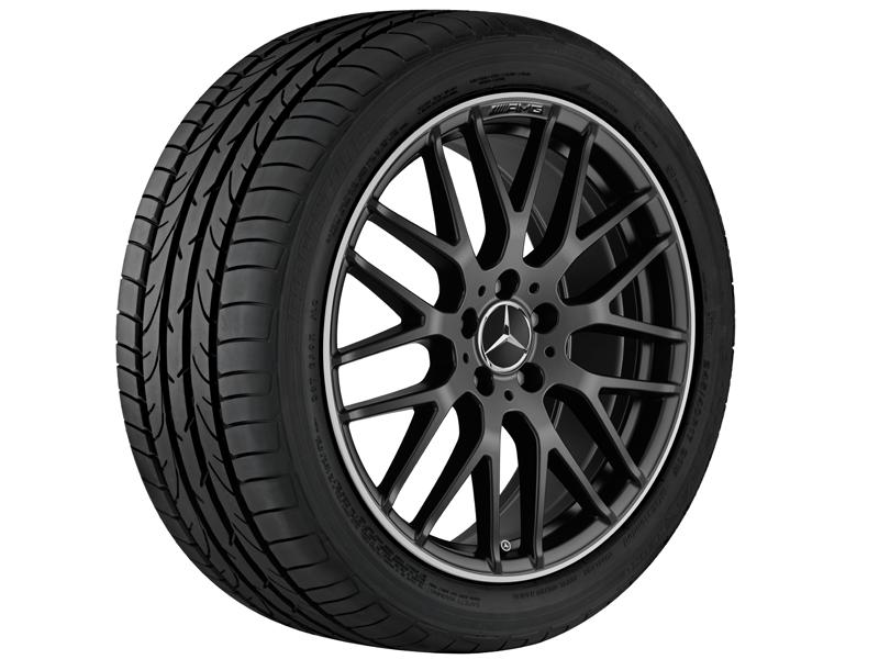 """Легкосплавный колесный диск AMG, с крестообразными спицами, 48,3 см (19""""),Полированный обод 8 J x 19 ET 48, Черный матовый"""