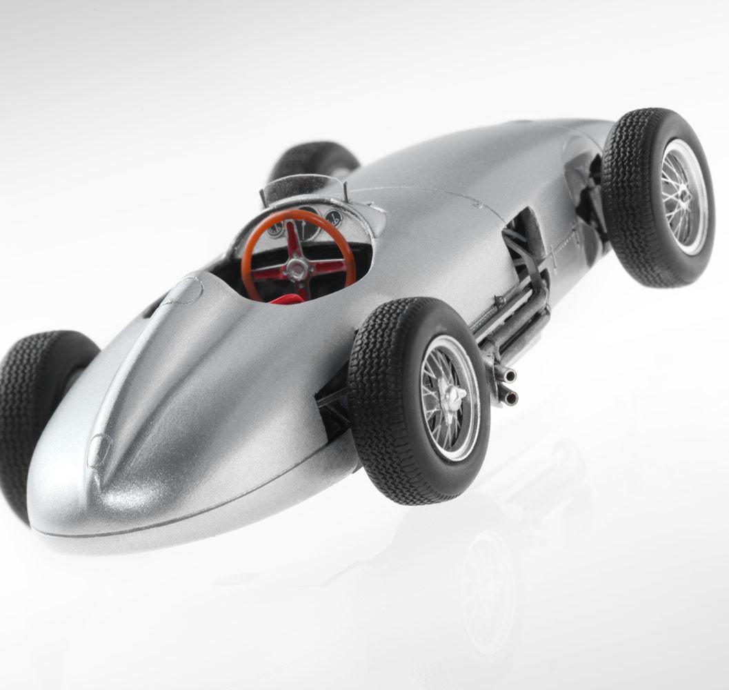 Модель гоночного автомобиля «Формулы-1» W 196 (1954)