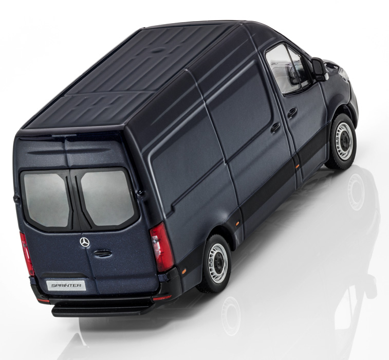 Модель Mercedes Sprinter, Panel Van, Dark Blue, Scale 1:43