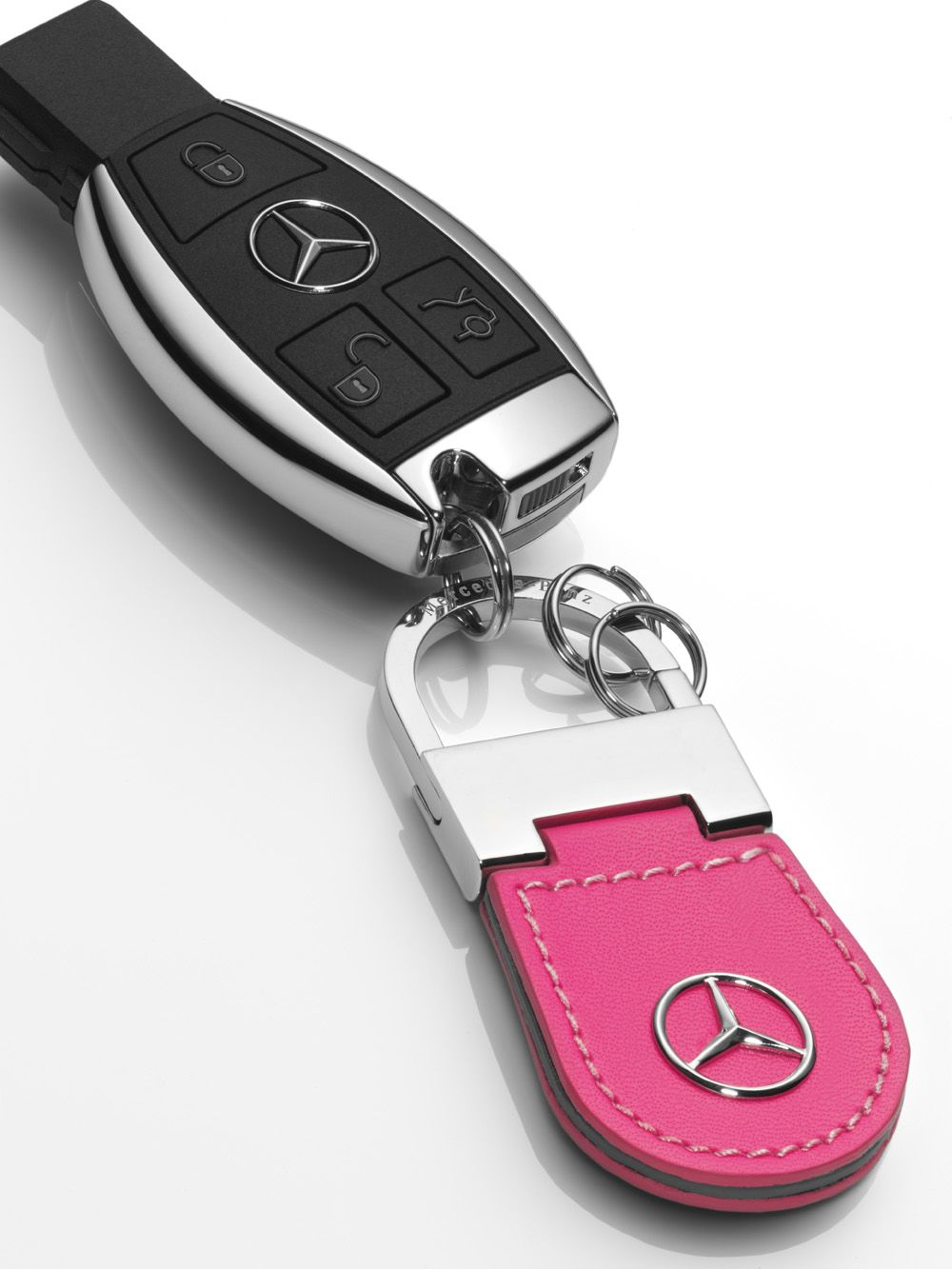Брелок Mercedes-Benz Keyring Peking Pink